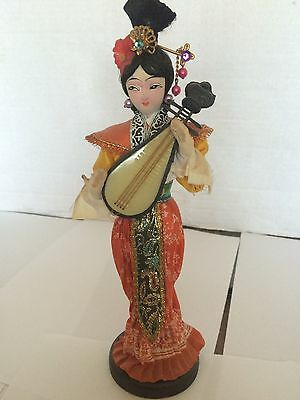 """Traditional Doll 9""""  Decorative Collection"""