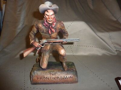 "Dee Flagg Woodcarving ""The Frontiersman"" Hand Carved by the Master ..Excellent"