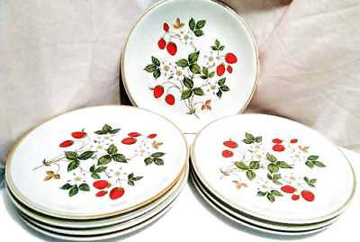 8 Sheffield Strawberries & Cream Dinner Plates 10 1/2""