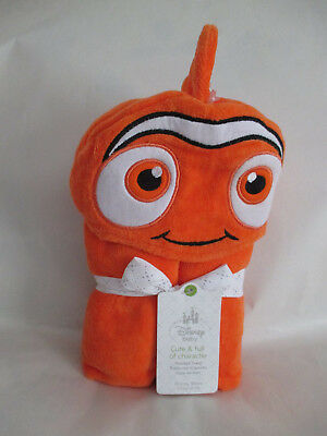 DISNEY BABY NWT Store Exclusive NEMO Hooded Towel Gift Set NEW