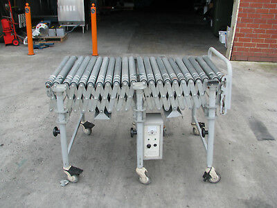 Motorised Accordion Expandable Roller Conveyor - 3.5m long
