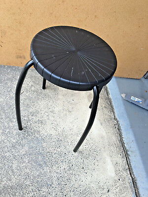 2 BLACK STOOLS.HEIGHT 46CM.USED.No damage.Sturdy.