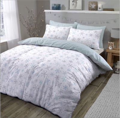 Snowflake Christmas Reversible Quilt Duvet Cover and Pillow Case Bedding Set