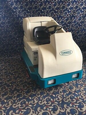 """Tennant 7200 36"""" ride on floor scrubber with FREE shipping"""