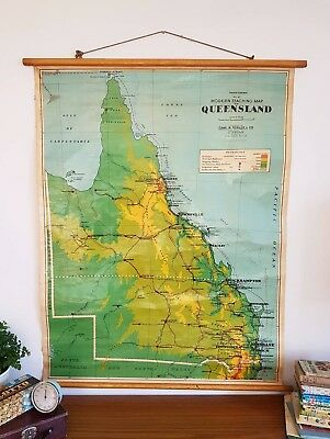 Vintage Teaching School Map~Queensland~ Roll Down Wall Hanging 1960s #11
