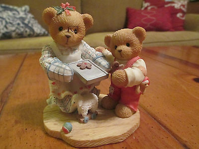 """Cherished Teddies Pamela-""""A Dash of Love to Warm Your Heart""""1998 (3.5 Inch Tall)"""