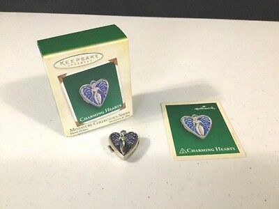 Charming Hearts 2005 Hallmark Miniature Ornament Heart Photo Holder 3rd & Final