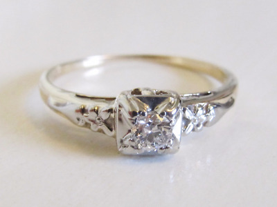 Antique Art Deco 14k White Allusion & Yellow Gold Diamond Floral Engagement Ring