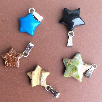 5 small assorted carved gemstone star pendants.Healing crystals Christmas charms