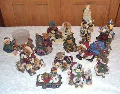 Huge Lot of 12 Boyd's Bear Resin Figurines Christmas Winter Theme Boxes Included