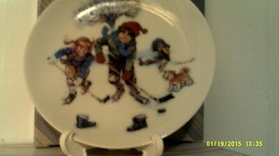 Vtg 1986 Avon Breaking The Ice Mini Plate-1St In Series-New In Box-Free Shipping