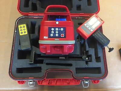 Datum Duo Rotating Laser Level With Tripod And Staff