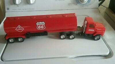 Phillips 66 Gas Tanker pressed metal Truck and  Trailer