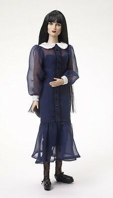"""Tonner Agnes Dreary """"Tea at the Morgue"""" Outfit"""