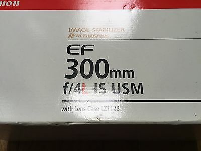 CANON EF 300mm f/4L IS USM Prime Telephoto, boxed A1