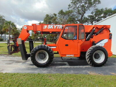 "2007 Skytrak 10042 ""enclosed"" Telescopic Telehandler - Cummins Diesel - Heated"