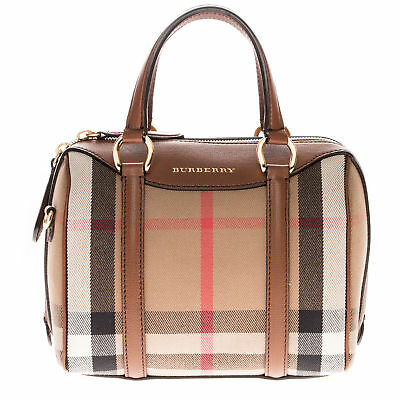 0429b60beb6c BURBERRY WOMEN'S THE Medium Banner in Leather and House Check in ...