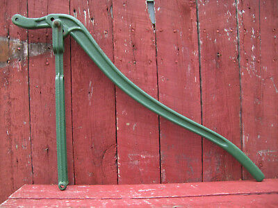 "Vintage Manual Hand Water Well Pump Cast Iron 40"" Long Pump Handle."