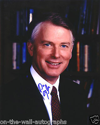 Vice President Dan Quayle Hand Signed Autographed Photo! With C.o.a.!