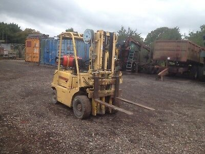 TCM GAS forklift truck 1.35 T lift with side shift fork lift