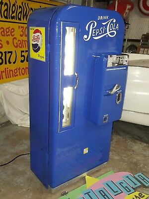 Pepsi Cola Soda Machine VMC Vendo 81 Restored newly freshened 10 cents Free ship