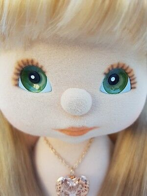 ♡ Mattel My Child ♡ Aussie Girl Doll ♡ Ash UL, Green/Peach/Peach ♡ + Locket ♡ EC