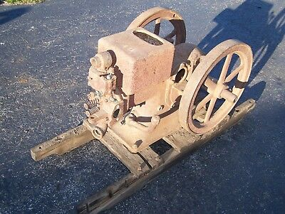 Old IHC 1 1/2hp TYPE M International Harvester Hit Miss Gas Engine Ignitor Steam