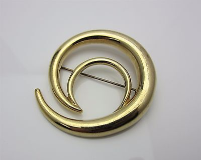 Vintage Jewellery Brooch Pin Modernist Open Curl Design 1970s 1980s Gold Tone