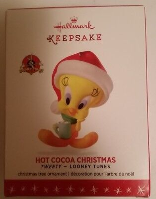 Hot Cocoa Christmas 2016 Hallmark Looney Tunes Ornament - Tweety Bird Santa Hat
