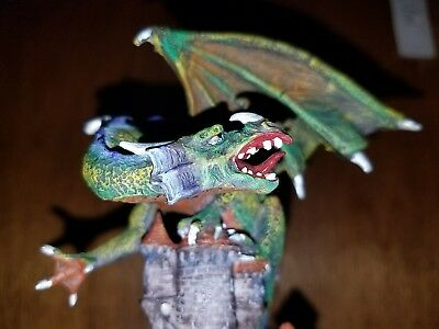 """Green Dragon On Castle 4.5""""H YTC Summit New In Box Myths & Legends Coll. 6020"""