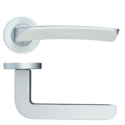 Rosso Maniglie Aquila Lever Door Handle on Rose - Satin Chrome