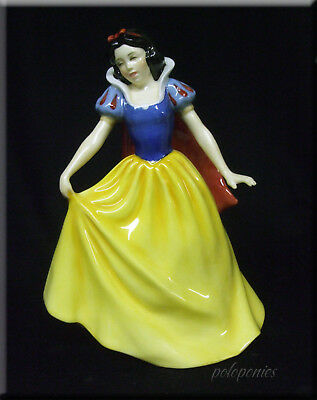 ROYAL DOULTON Snow White Figurine HN3678 - Disney Princess Collection