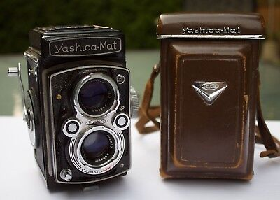 Yashica-Mat Copal MXV - TLR Medium Format Camera (for parts or decor) 120MM Case
