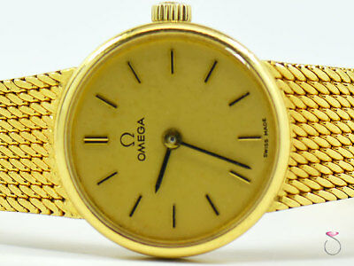 VINTAGE OMEGA 18K YELLOW GOLD LADIES WATCH 711.7280 GREAT CONDITION 38gr.