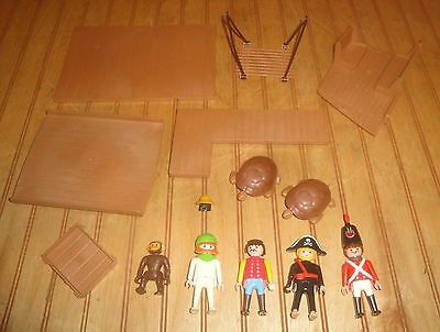 Playmobil Lot Zoo Turtles, Monkey, Pirates Figures, British Soldier, Parts etc.