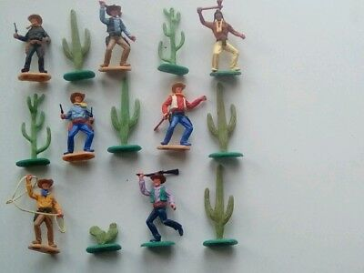 Vintage Timpo Plastic Cowboys Indian And Cacti Figures