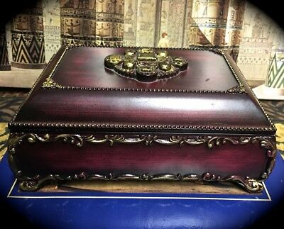 6 BY 4 BY 3 INCH LOVELY DECORATIVE FAUX WOOD PLASTIC TAROT BOX w/ FELT LINING
