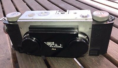Vintage Stereo Realist Camera f2.8 with original leather case and strap