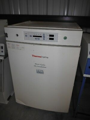 Thermo Forma Steri-Cycle CO2 Incubator Model 370 - lab, science,
