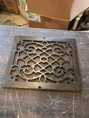 Br 13 antique cleaned in lacquered cast-iron heating Grate face 9.75 x 11.5