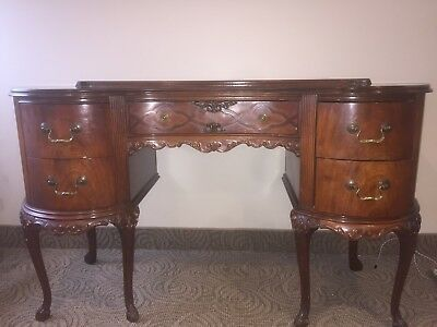 Antique Mahogany Kidney French Provincial Desk/Vanity - ANTIQUE MAHOGANY KIDNEY French Provincial Desk/Vanity - $350.00