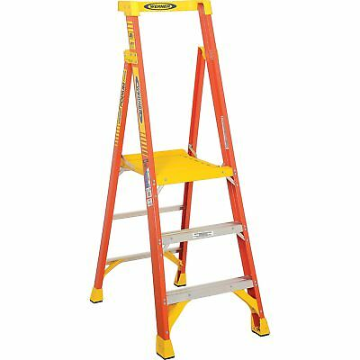 Werner PD6203 3' Type 1A Fiberglass Podium Ladder, Lot of 1
