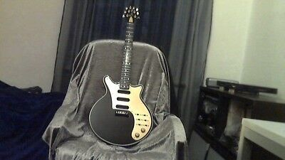 Brian May Black special   ohne/without Pickups u Tremolo