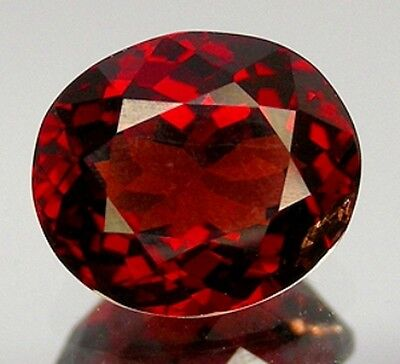 1,37 ct -  EDLES  ROT , TANSANIA  SPINELL , inkl. deutsches ZERTIFIKAT