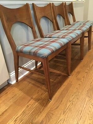 Set of 4 Mid-Century Dining Chairs - Early 60's - Broyhill Saga Collection