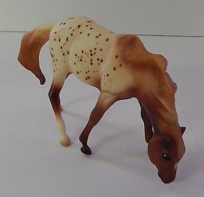 Breyer Reeves Horse Grazing White Tan Chestnut Brown Spots Statue Toy Vintage