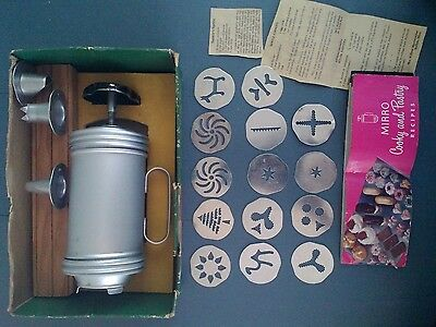 Vintage Mirro Aluminum 358AM Cooky Cookie & Pastry Press Spritz Recipes USA Made