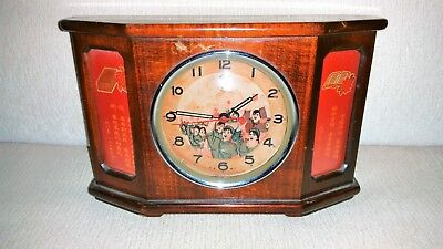 China Kulturrevolution Mao Tse Tung-Tischuhr-Red Guards-Mao Ze Dong-table clock-