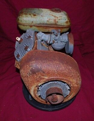 Reo Gas Engine Motor Flywheel Carb Carburetor Tank