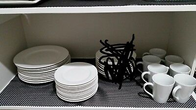 Maxwell Williams Crockery (some with and without chips)